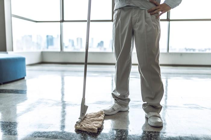 掃除スタッフ